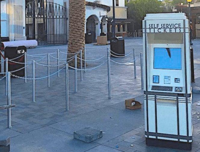 outdoor kiosk olea